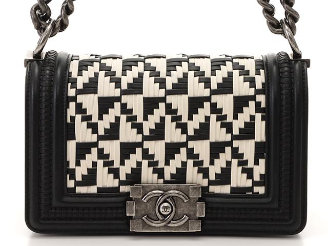 Chanel シャネル ボーイシャネル チェーンショルダー ブラック ホワイト レザー 【472】HG